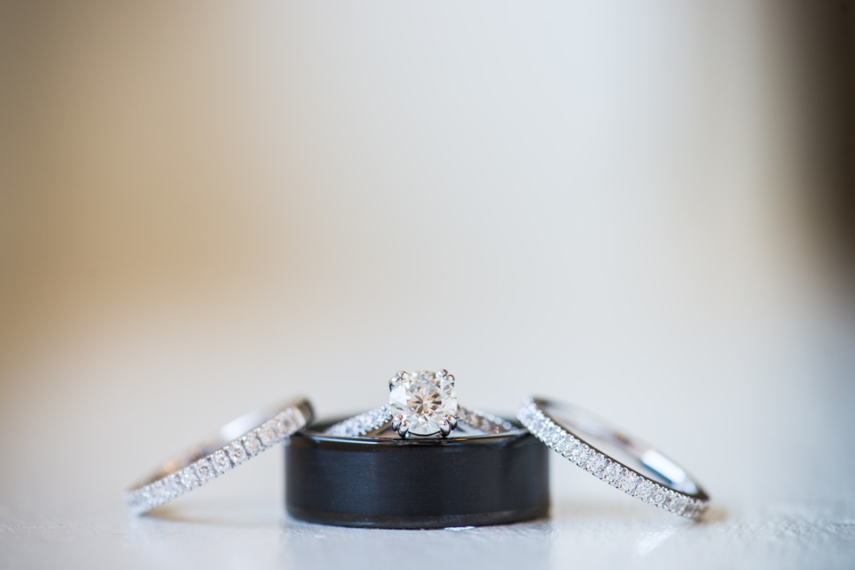 Wedding at OceanCliff | Ring detail