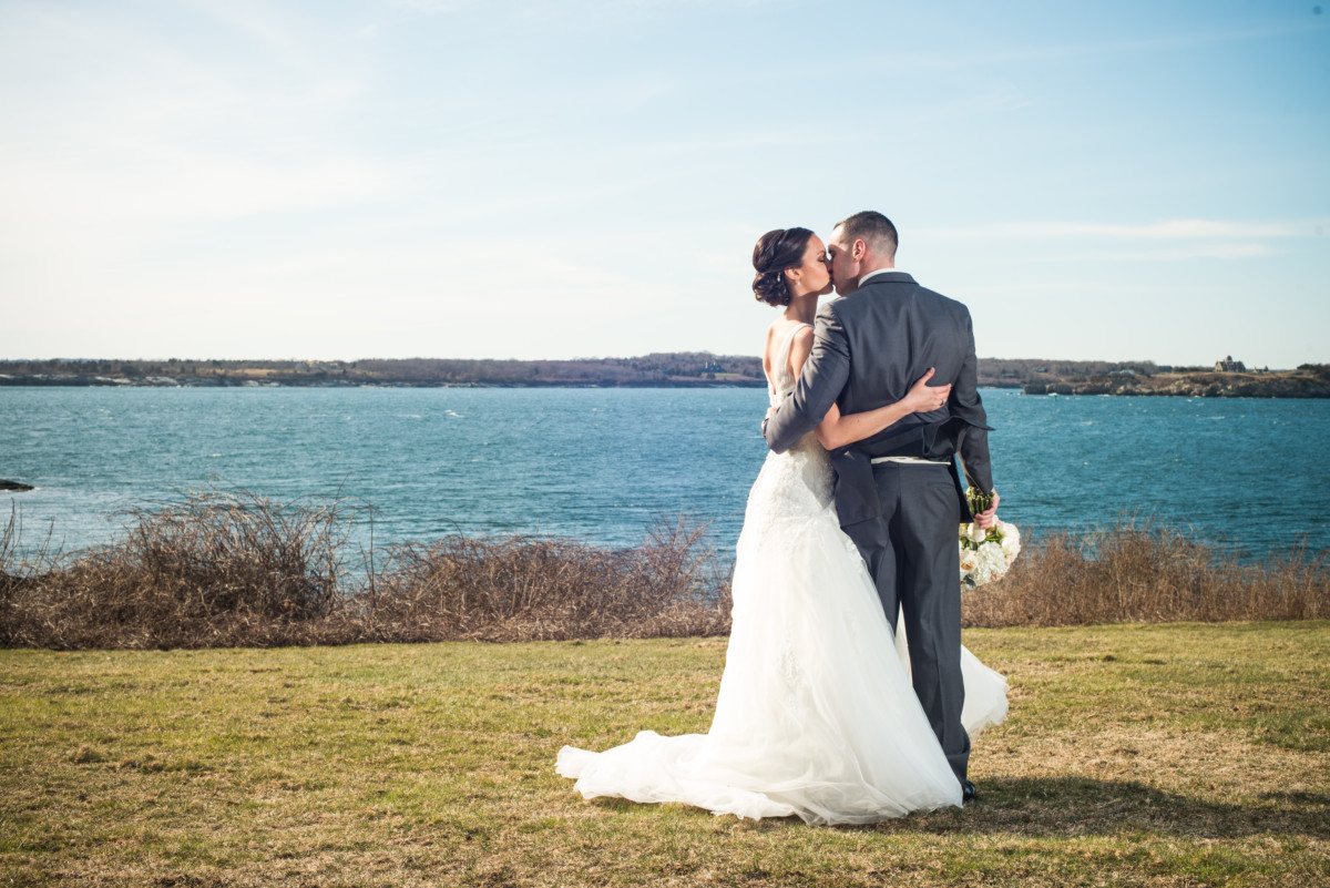 Wedding at OceanCliff | Kiss overlooking the bay