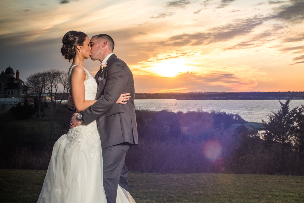 Wedding at OceanCliff | Kiss at Sunset