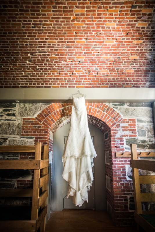 Jackie and Gunter | Fort Adams Wedding | Blueflash Photography