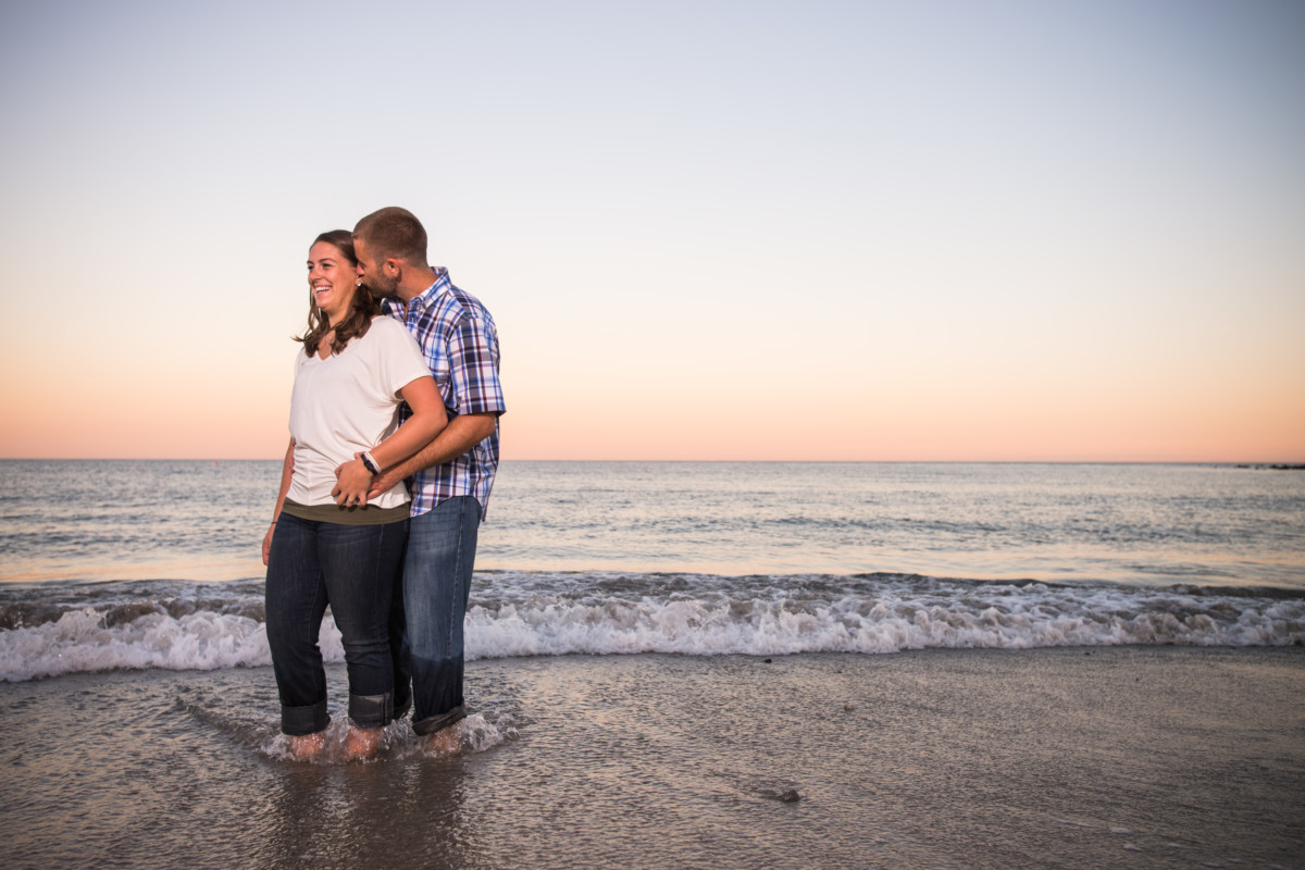 Kristin and Jeremy | Narragansett Beach Engagement | Blueflash Photography