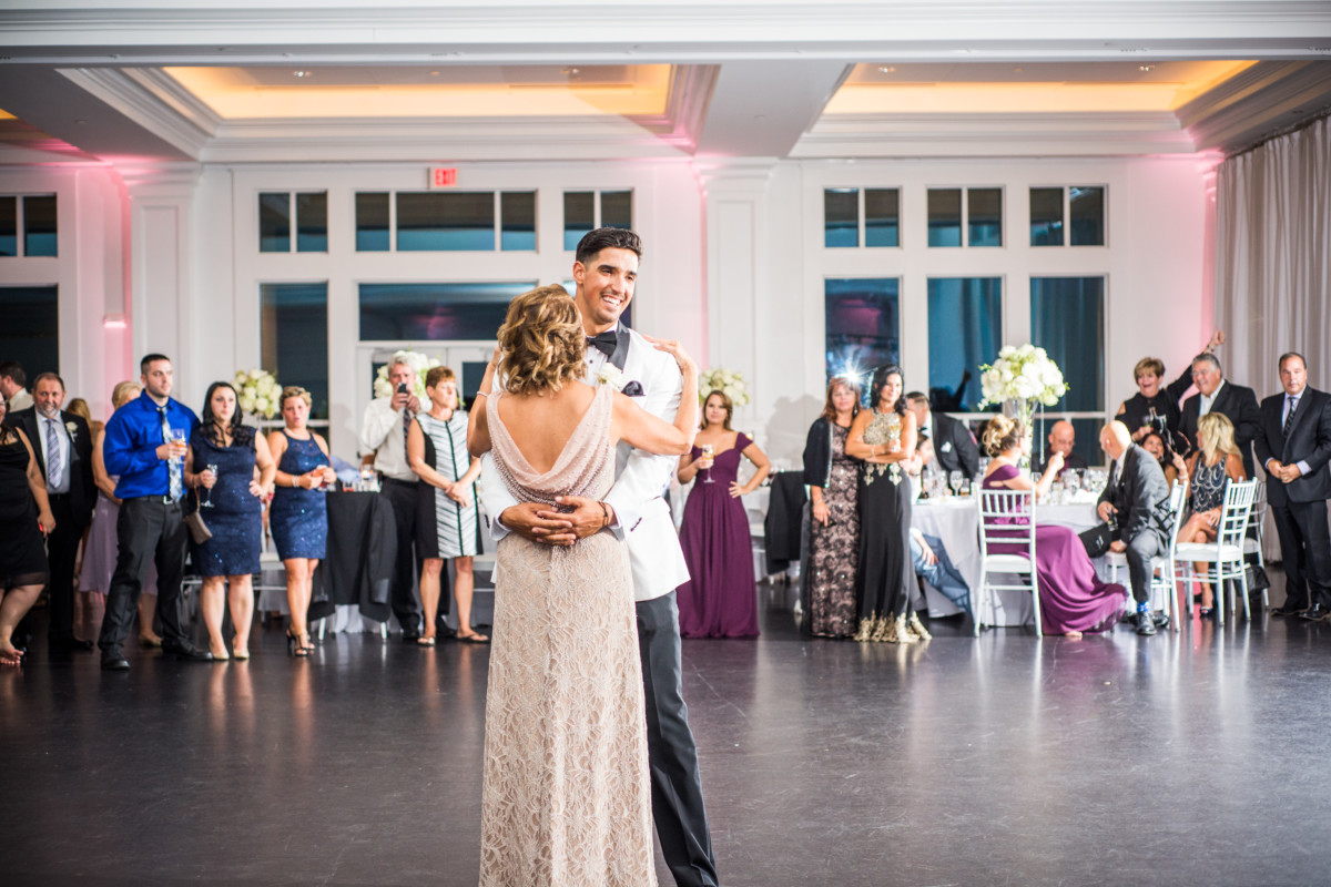 Venue Spotlight | Lakeview Pavilion Weddings | Blueflash Photography